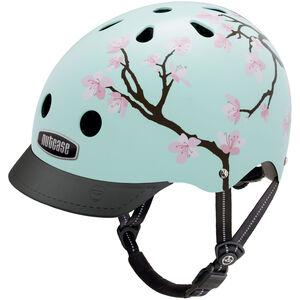 Nutcase Street Helmet Cherry Blossoms bei fahrrad.de Online