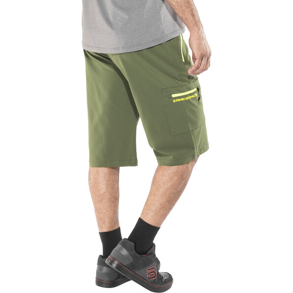 Race Face Trigger Shorts Herren