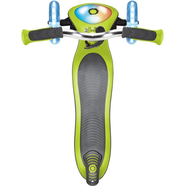 Globber Elite Prime Roller mit Batterielosen LED Blink-Rollen Kinder green