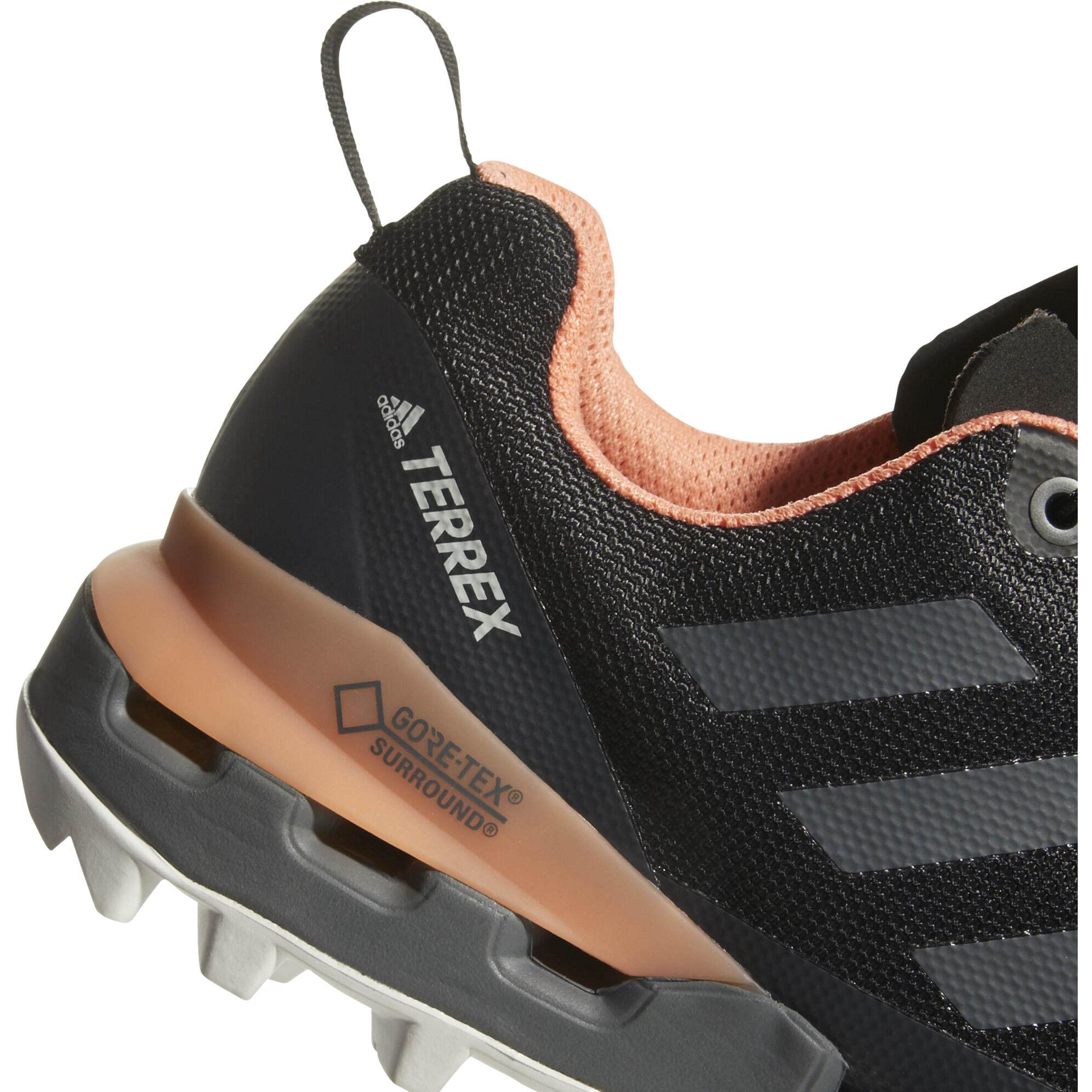 adidas TERREX Fast GTX Surround Shoes Damen core blackgrey fivechalk coral
