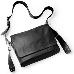 Brooks Paddington Shoulder Bag total black total black