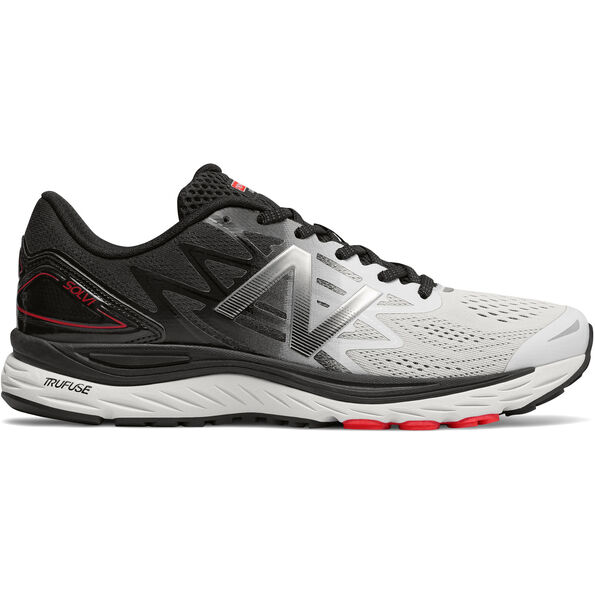 New Balance Solvi Shoes