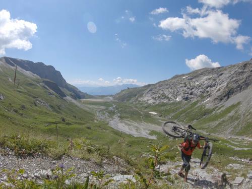Mountainbike - Hike Uphill Cassons