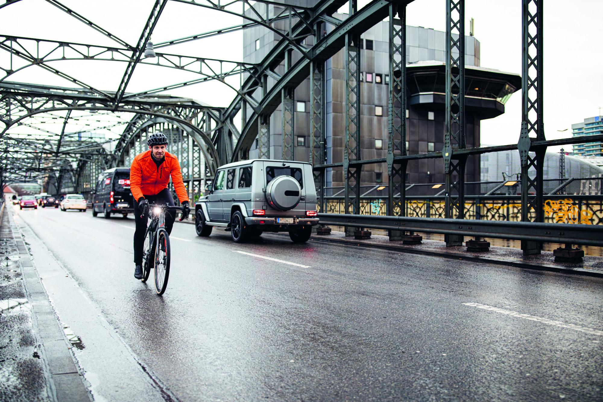 Radfahren im Herbst Tipps Regenbekleidung