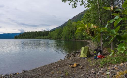 Zelten am See - Bikepacking Kanada